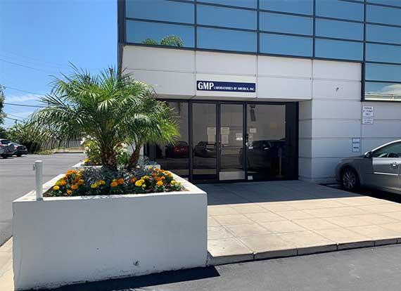 Custom-Formulations - GMP Building