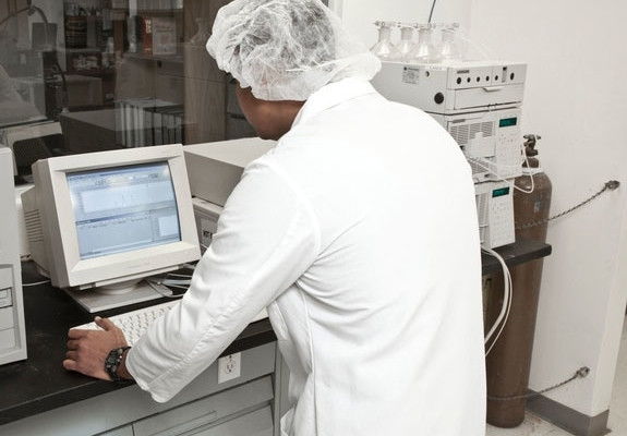 GMP has on-site a HPLC Machine to perform Assay Testing
